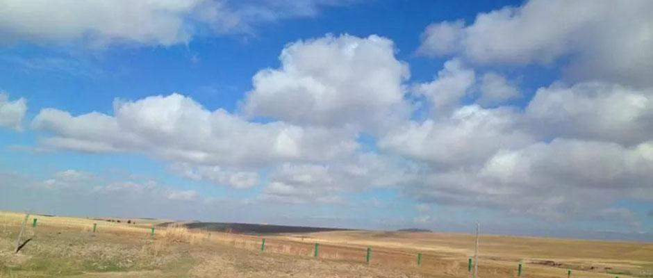 秋日的巴里坤草原
